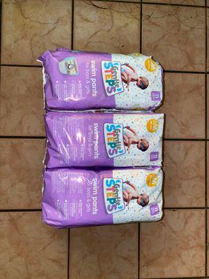 Diapers (Medium) 11 count 7 PACKS for Sale in Phoenix, AZ