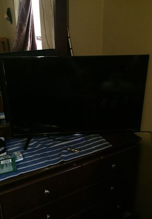 Tcl roku tv 32inch for Sale in Rogers, AR