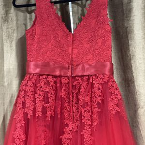 A-Line Tulle V-neck Brush Train Red Prom Dresses for Sale in Bothell, WA