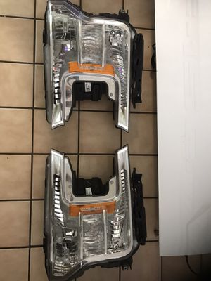 2018 and up f150 parts ,, headlights, rear lights,mirrors all original parts for Sale in Hialeah, FL