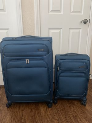 Samsonite 2 piece luggage for Sale in San Bernardino, CA