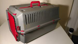 Styllete brand rolling Buckeye color 20 in dog crate for Sale in Columbus, OH