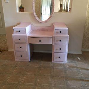 Small Vanity for Sale in Visalia, CA