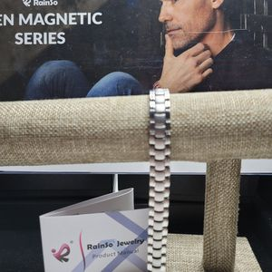 BRACELETS MAGNETIC THERAPY 🤗 for Sale in Hollywood, FL