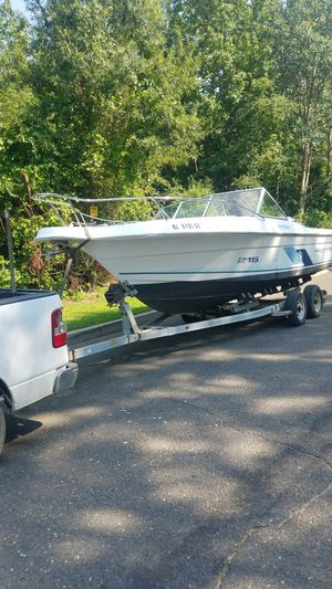 Suite Life boat 1999 Nice condition no problem ready to go for Sale in Yardley, PA