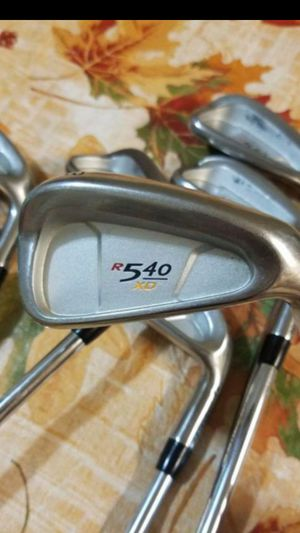GREAT CONDITION! TAYLORMADE R540 XD GOLF CLUB IRON SET WITH 3 WOOD for Sale in Grand Prairie, TX
