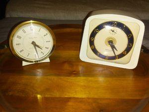 (2) Vintage Alarm Clocks for Sale in Wichita, KS