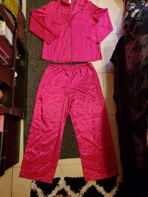 LARGE Silk Pajama Set for Sale in Largo, FL