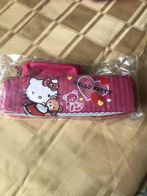 HELLO KITTY CAT 🐈 PURSE PENCIL CASE $$15 each one ☝️ for Sale in Sunny Isles Beach, FL