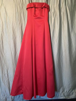 Classic red prom dress size 5/6 for Sale in Wylie, TX