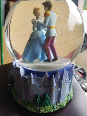 Disney Cinderella Musical snow globe for Sale in Tualatin, OR