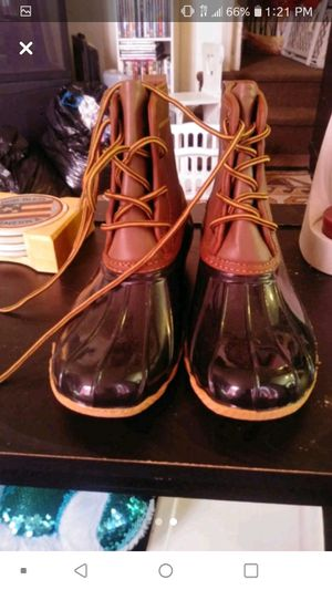 Rain boots for Sale in Covington, KY