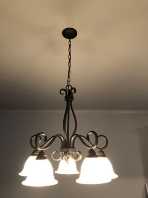 Chandelier and 2 pendant lights for Sale in Lewisville, TX