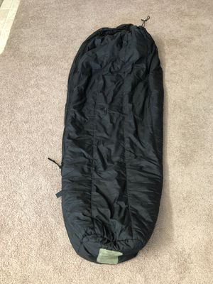 Military intermediate cold sleeping bag for Sale in Santee, CA
