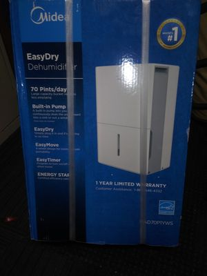 Media dehumidifier mad70p1yws for Sale in Acworth, GA