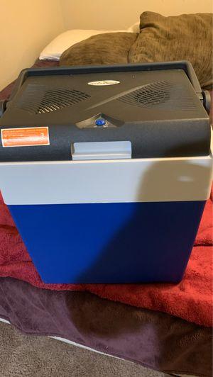 adventuridge Iceless electric cooler for Sale in Brea, CA