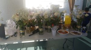 Vases with roses for Sale in Garden Grove, CA
