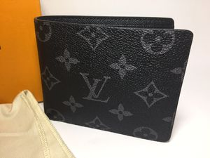 Louis Vuitton Monogram Eclipse Leather Wallet Authentic for Sale in Queens, NY