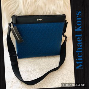 Authentic Michael Kors Leather Marine Blue crossbody purse (New with tags) for Sale in Surprise, AZ