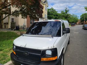 05 chevy express 2500 for Sale in Temple Hills, MD