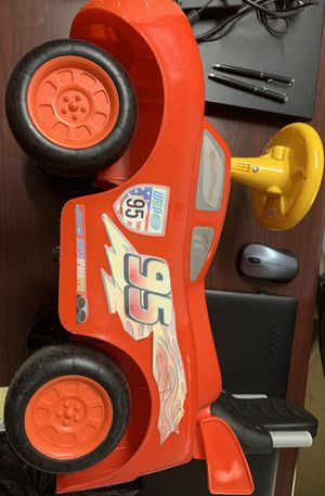 Ride on car for toddlers/ lightning McQueen for Sale in Baxter, MN