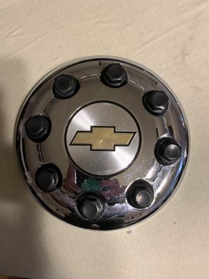Chevy DRW Chrome Center Cap for Dually for Sale in Fredericksburg, VA