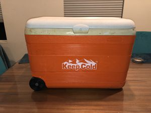 Cosmoplast Ice Bix for Sale in Irvine, CA