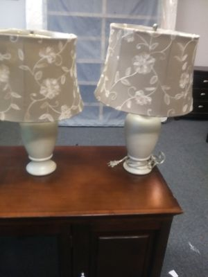 Nice cream colored lamp set with colorful shade for Sale in Houston, TX