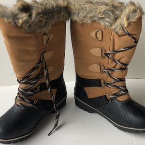 boots winter nwt for Sale in Lake Stevens, WA