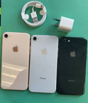 apple iphone 8, 64 gb unlocked with store warranty and receipt for Sale in Somerville, MA