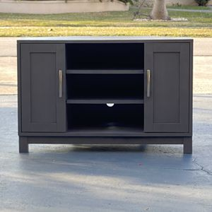 TV Stand (Charcoal Grey) for Sale in Fort Lauderdale, FL