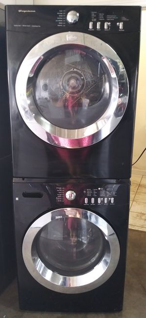 FRIGIDAIRE WASHER AND DRYER SET for Sale in Miami, FL