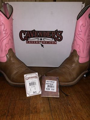 Cavender's Girl boots size 5 for Sale in Houston, TX