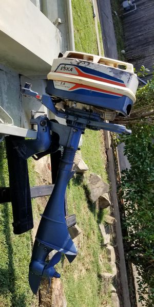 JON BOAT ALUMINUM FLAT BOTTOM OUTBOARD MOTOR ONLY for Sale in Dallas, TX