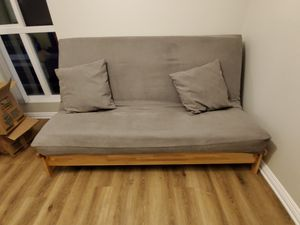 FUTON. Full size bed. for Sale in Pasadena, CA