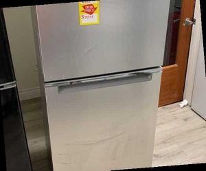 WHIRLPOOL WRT112CZJZ Top Freezer REFRIGERATOR CNJ for Sale in Long Beach, CA