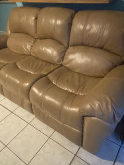 Cream Couch With 2 Seats That Recline for Sale in Dallas,  TX