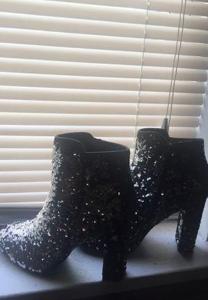 Trendy heels size 9 women's for Sale in St. Louis, MO