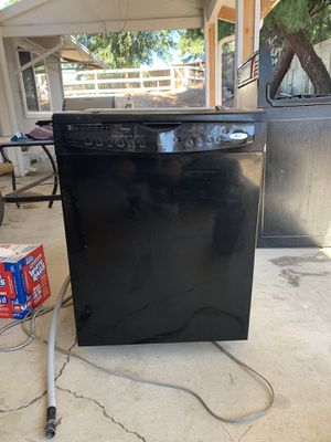 Dishwasher for Sale in Wildomar, CA