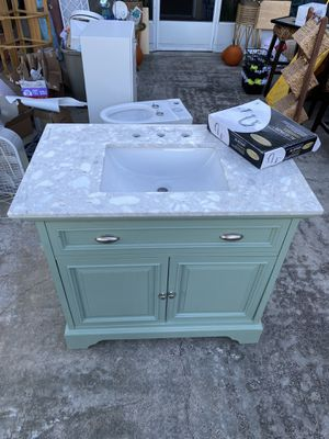 NEW 36 inch Bathroom cabinet vanity sink marble counter top for Sale in N REDNGTN BCH, FL