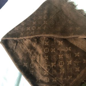 Louis Vuitton scarf/ hijab for Sale in Pflugerville, TX