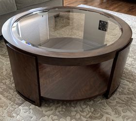 Round Wood Coffee Table With Beveled Glass Top for Sale in Park Ridge,  IL