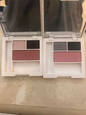 Clinique eyeshadow/blush for Sale in Houston, TX