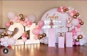 Marquee numbers / balloon garland / globos / backdrop / circle wall / birthday / wedding / baby shower / pillars / plinths / for Sale in Colton, CA
