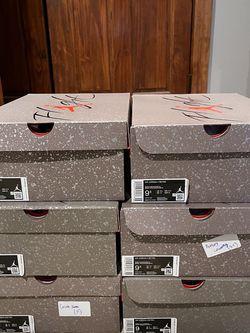 Air Jordan 4 Taupe Haze for Sale in Atlanta,  GA