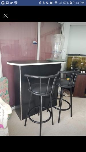 Black patio living room bar set with stools for Sale in Venice, FL