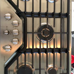 """GE 36"""" Stainless Steel Cafe' Model Gas Cooktop for Sale in Sarasota, FL"""