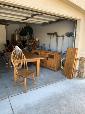 Solid Oak Kitchen table, extension, 6 chairs and hutch for Sale in Modesto, CA