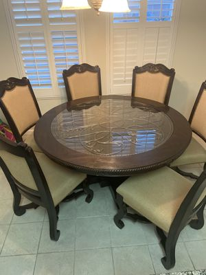 Dining Room Table for Sale in Clovis, CA