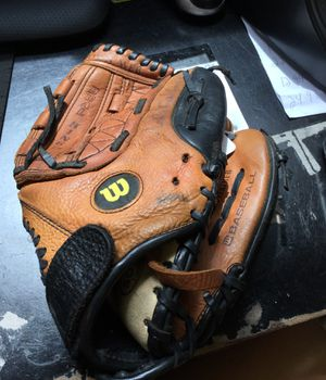 "Wilson 11"" A0500 P11 Glove for Sale in Matawan, NJ"